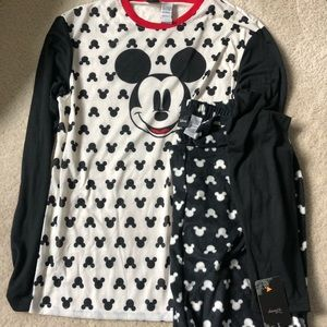 Women's Mickey Mouse Pajama Set size M